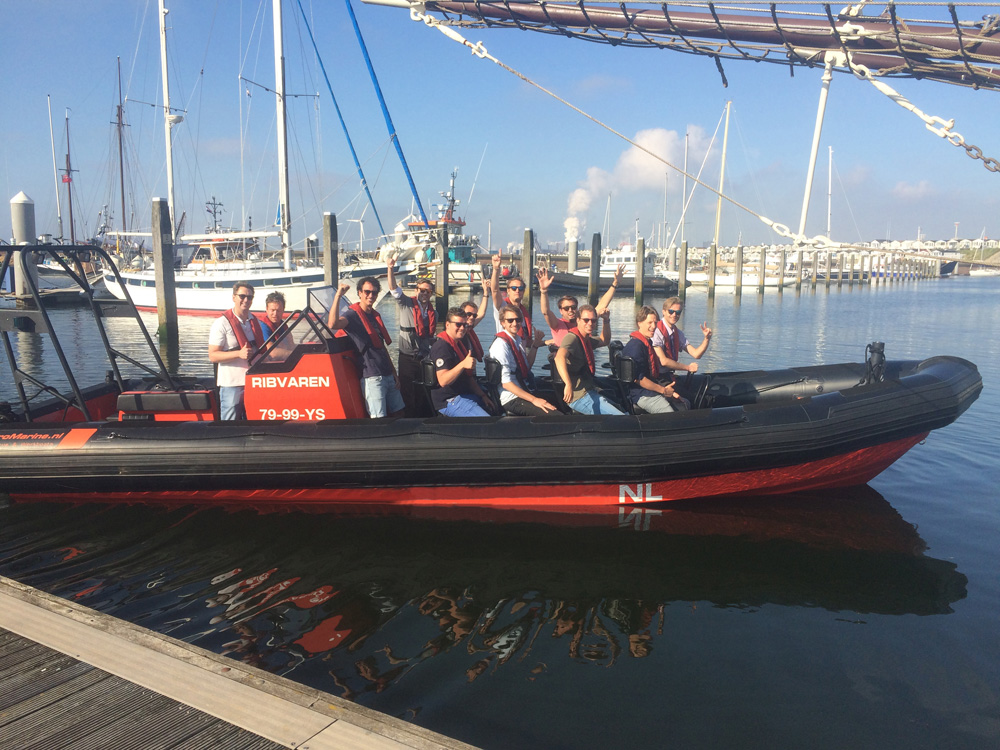 RIB varen in IJmuiden